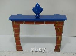 2002 13 Dead End Drive Board Game Fire Place Trap Replacement Part Only