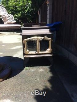 Lopi compact size wood stove 21x24