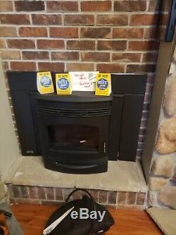 Quadrafire Santa Fe Black Pellet Insert- Brand New