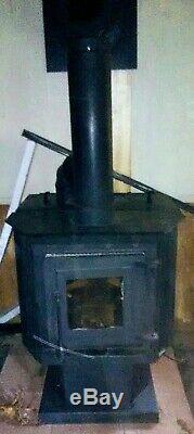 Used Englander pellet Heater, works and heats great